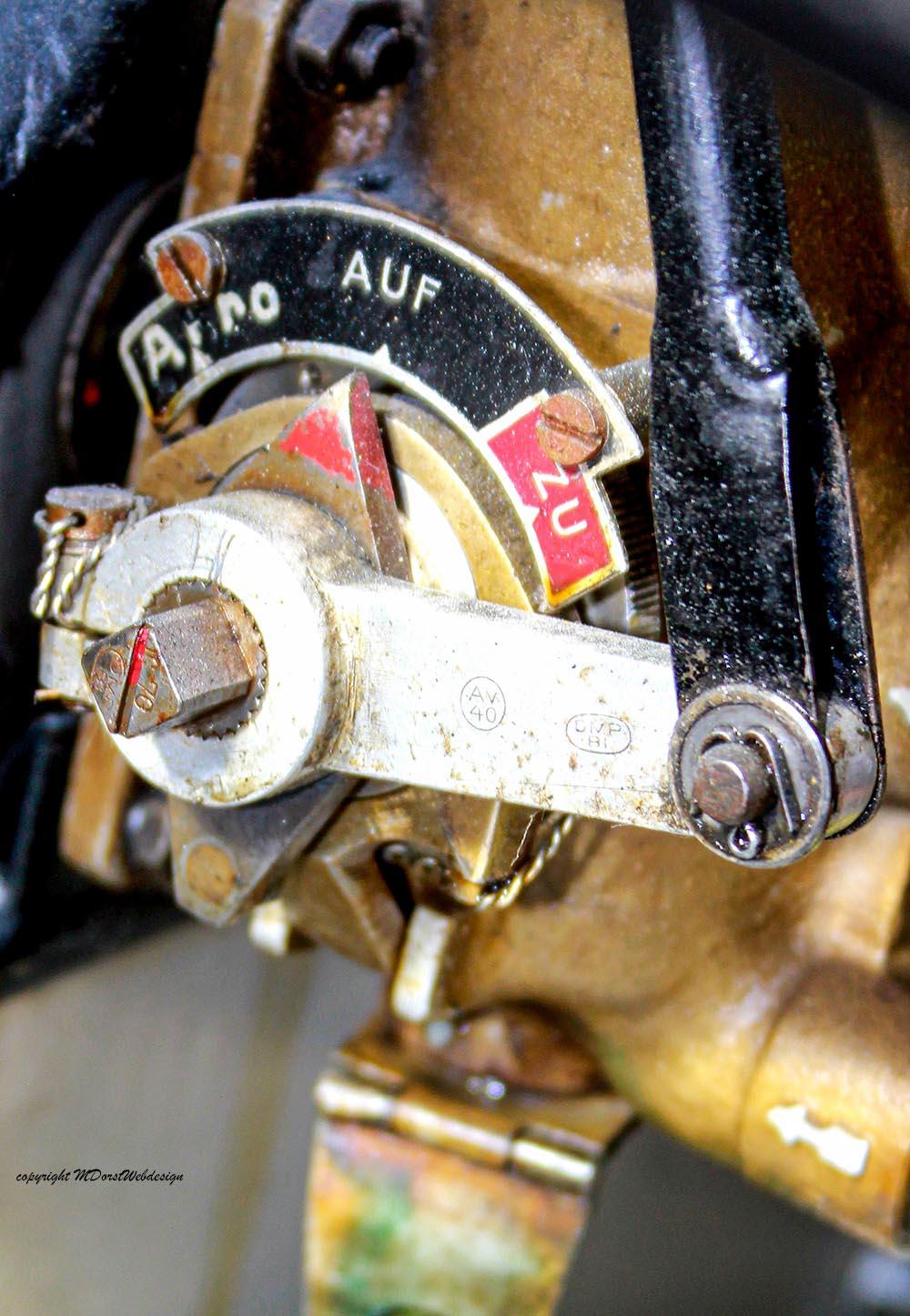 Buecker_Jungmann_D-EJTR_2011-04-15_-5.jpg