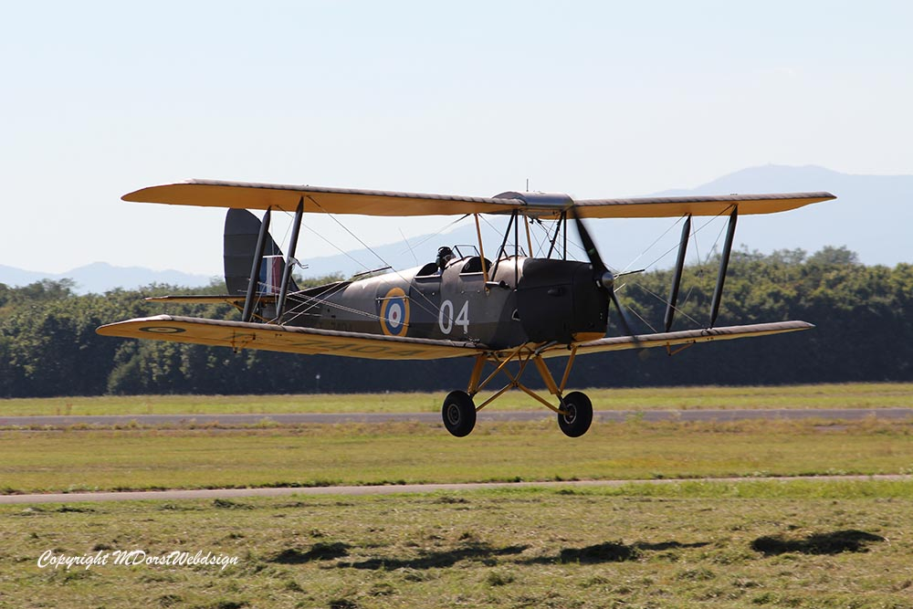 De_Havilland_TigerMoth_D-ECTM_2012-08-17_-15.jpg