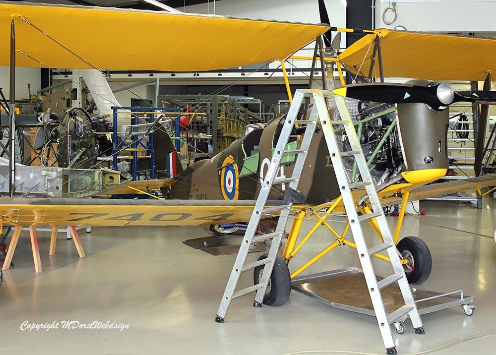 De_Havilland_TigerMoth_D-ECTM_2013-05-011.jpg