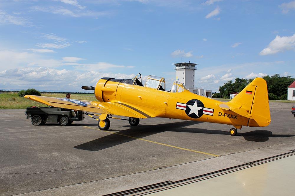 AT-6_D-FXXX_flight_2012-07-062.jpg