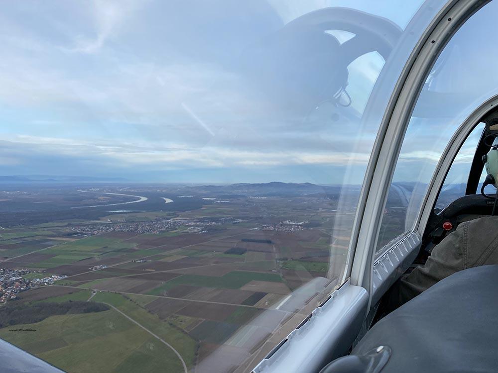 NAA_T-28_N228AC_flight_-22.jpg