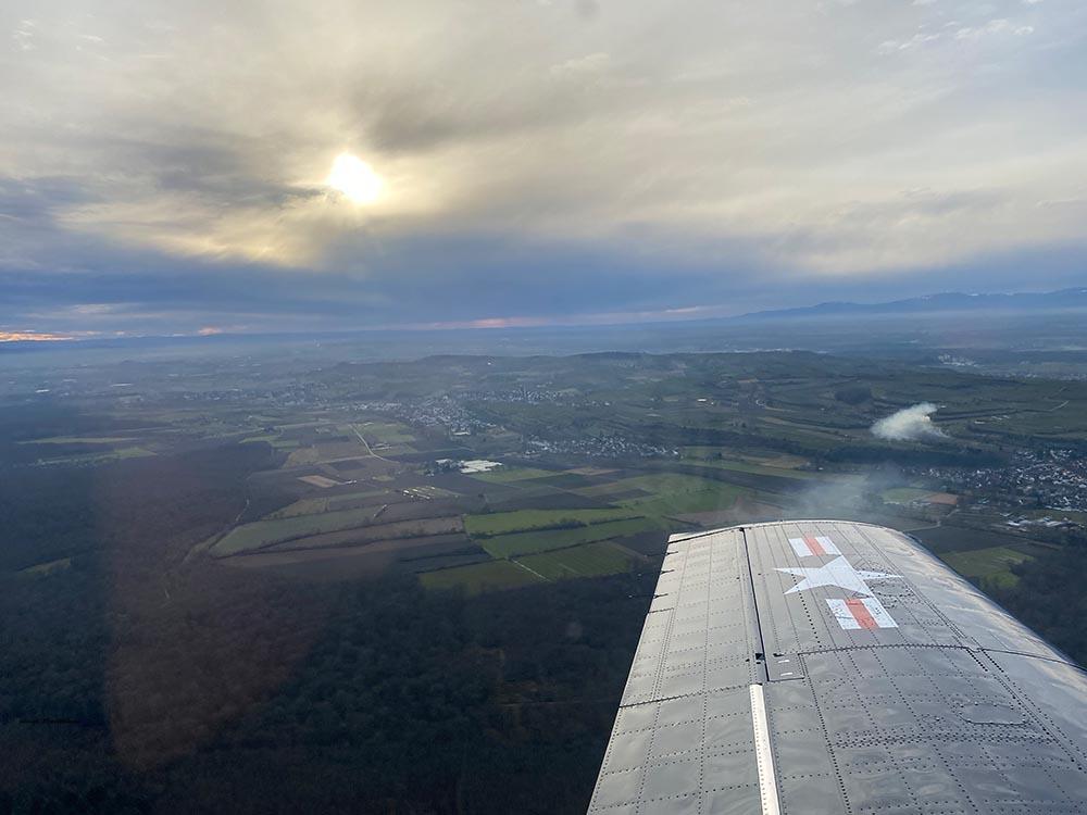 NAA_T-28_N228AC_flight_-34.jpg