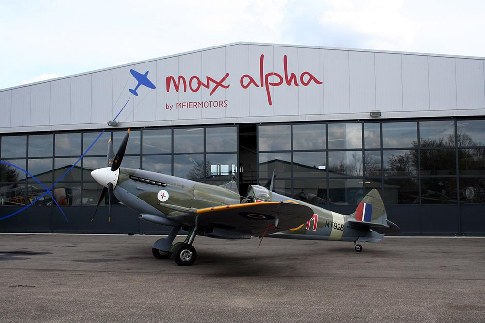 Spitfire_MkVIII_D-FEUR_-3.jpg