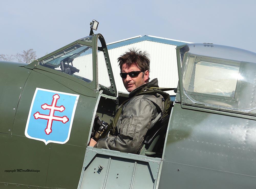 Spitfire_T9_D-FMKN_2012-04-204.jpg