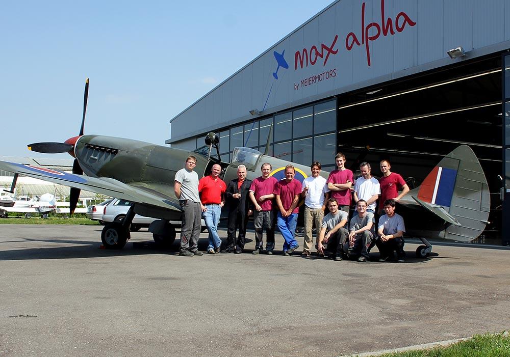 Spitfire_MkXVI_TE184_2011-04-202.jpg