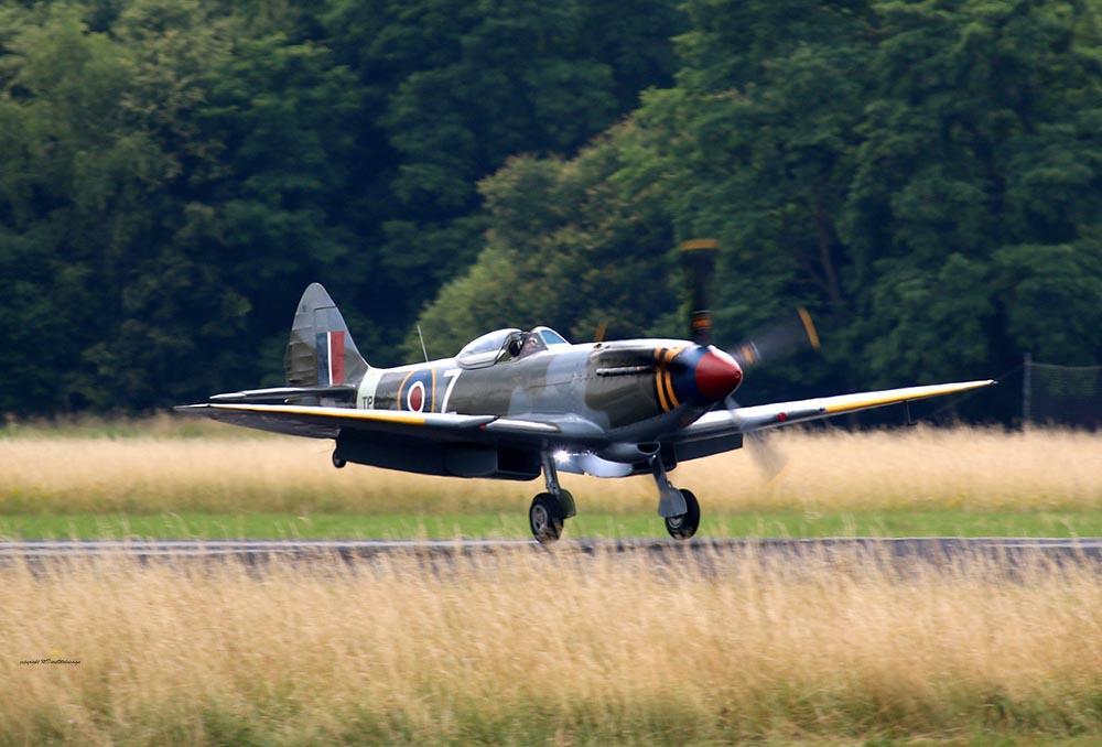 Spitfire_TP280_2015-06-19_73.jpg