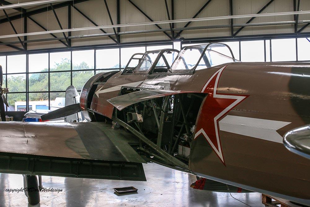 Yak-11_D-FYWM_2017-06-30_2.jpg