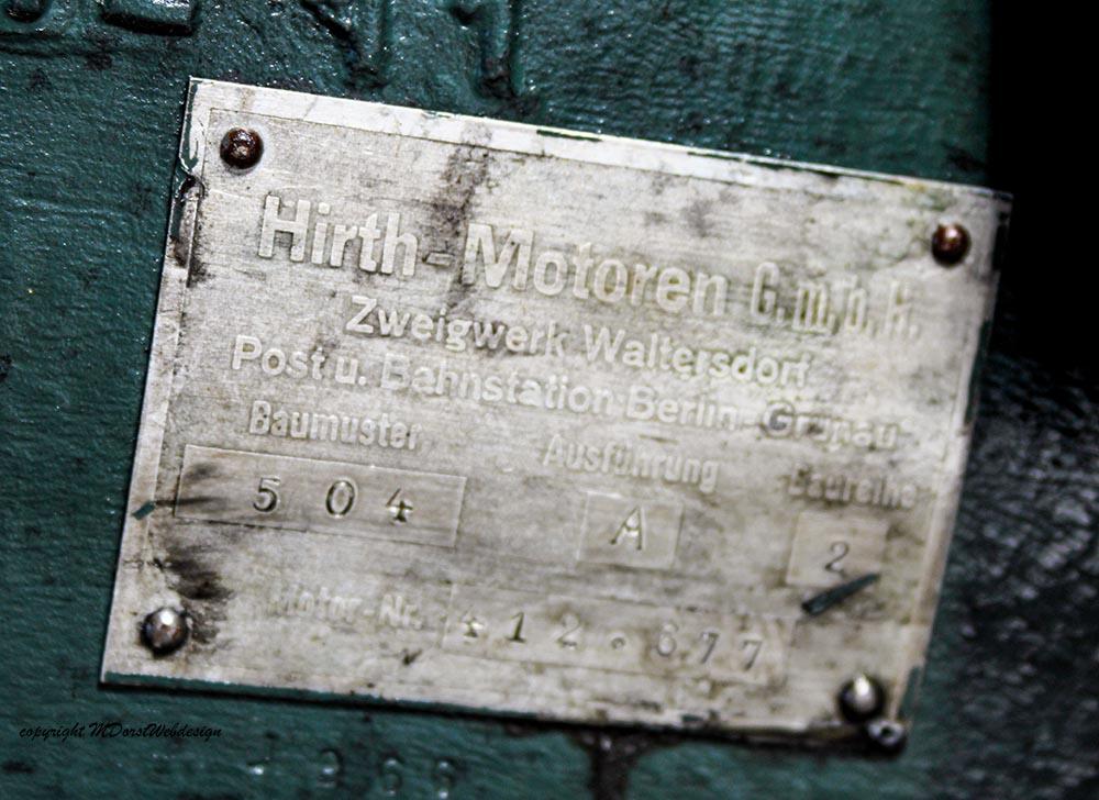 Buecker_Jungmann_D-EJTR_2011-04-15_-16.jpg