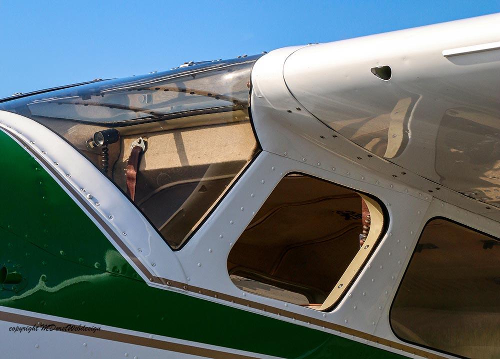 Cessna_195_2015-09-2623.jpg