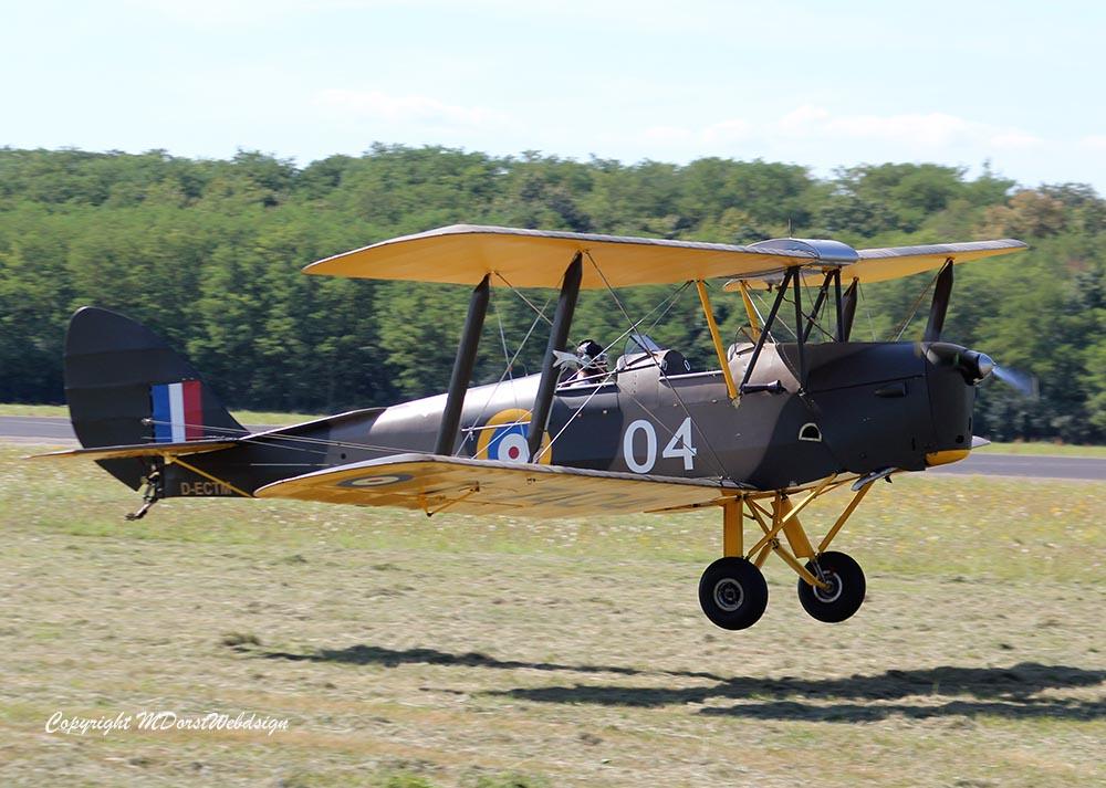 De_Havilland_TigerMoth_D-ECTM_2012-08-17_-25.jpg