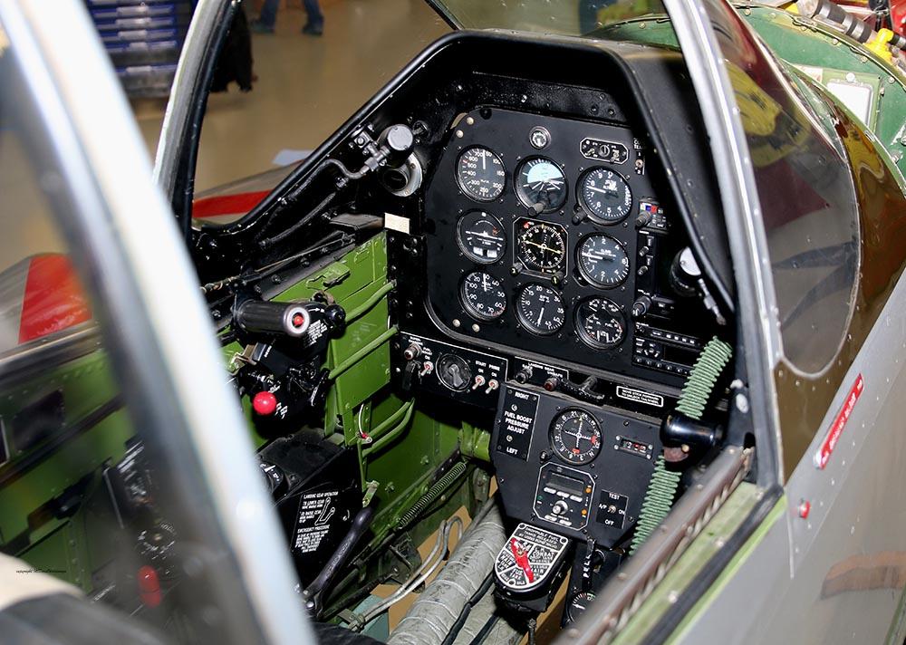 P-51_Dutchman_cockpit_2015-01-192.jpg