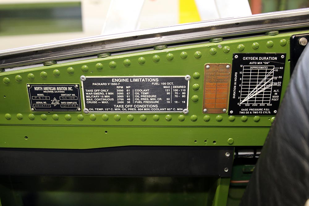 P-51_Dutchman_cockpit_2015-01-194.jpg
