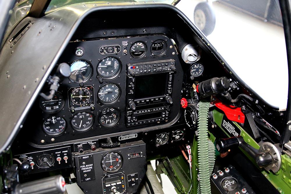 P-51_Dutchman_cockpit_2015-01-198.jpg