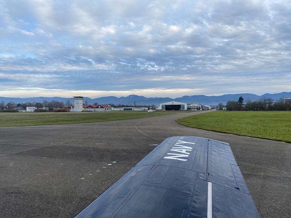 NAA_T-28_N228AC_flight_-43.jpg